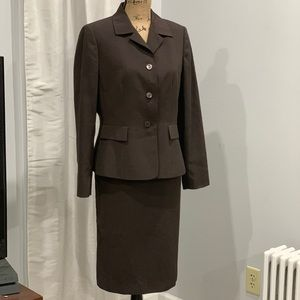 Jones Wear suit size 10